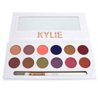 Палетка теней Kylie The Royal Peach Palette